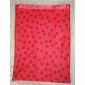 IG WARM Fleece Snuggle Sacks - Crimson Paw Prints - [nr] 10110 Crimson Paw